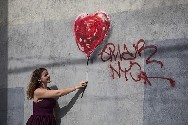 Work By British Street Artist Banksy Continues To Appear On NYC Streets