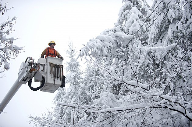 Sandy Spawns Blizzard Across Parts Of West Virginia And Maryland
